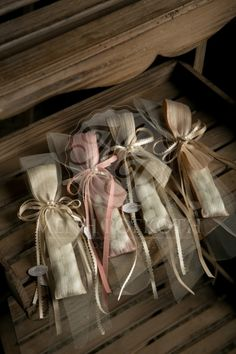 Wedding Tips, Wedding Engagement, Wedding Favors, Wedding Decorations, Craft Work, Christening, Nail Designs, Wedding Inspiration, Gift Wrapping