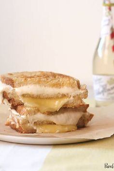 13 Easy Recipes for College Students (That Aren't Instant Ramen) – Chef Jonas and foodanddrinks 2019 Easy Recipes For College Students, College Recipes, College Food, Rainbow Grilled Cheese, Goat Cheese Sandwiches, Homemade Cookbook, Instant Ramen, Cheese Bites, Grilled Cheeses