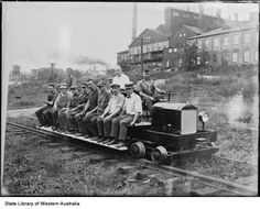 ☆MG☆013398PD: Railway men on a railcar, 1930? --- Australia