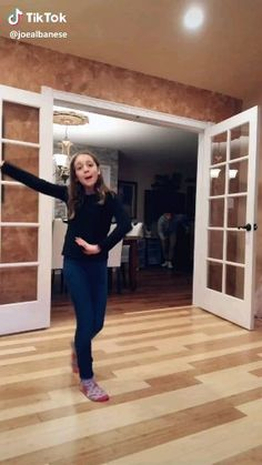 Sister vs brother who will win Sister vs brother who will win,Funny Sh*t I wish I had a brother thats funny tho humor music gif tok videos funny videos Crazy Funny Videos, Super Funny Videos, Funny Video Memes, Crazy Funny Memes, Really Funny Memes, Wtf Funny, Funny Relatable Memes, Funny Jokes, Hilarious