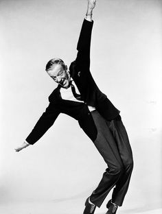 Fred Astaire Photo: This Photo was uploaded by EmilyinChains714.