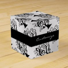 Black & White Music Treble Clef Tree Cube Favor Box