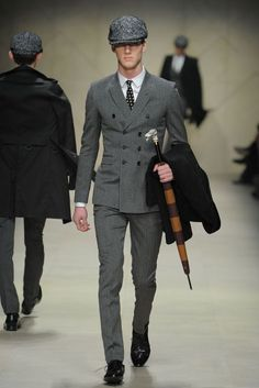 Burberry Prorsum available at Luxury & Vintage Madrid, bring you the world's best selection of contemporary and vintage clothing, discover our top brands Stylish Mens Fashion, Mens Fashion Suits, Mens Suits, Fashion Outfits, Fashion Tips, Cheap Fashion, 1920s Fashion Male, Fashion Boots, Stylish Menswear