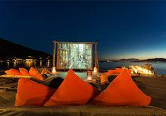 Six Senses Ninh Van Bay Thiên đường du lịch và nghỉ dưỡng Là một trong 04 khu nghỉ hệ thống của Ninh Vân Bay Holiday Club. Six Senses Ninh Vân Bay nằm ở vị trí thuận lợi trên bán đảo đẹp nhất và nổi tiếng nhất của vịnh Nha Trang. Six Senses Ninh Vân Bay là khu nghỉ dưỡng nổi tiếng bởi đẳng cấp và sự sang trọng, là nơi mà bạn có thể thanh thản nghỉ ngơi giữa một bầu không khí trong lành.  ➢ http://po.st/ccsixsensesnvb  ➢ http://po.st/ghjsixsensesnvb  ➢ http://po.st/khunghi