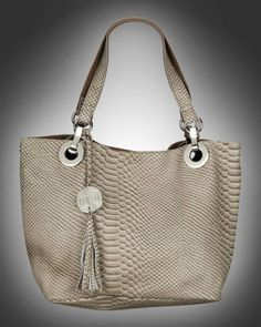 Purse with details in beige snakeskin from V-Collection
