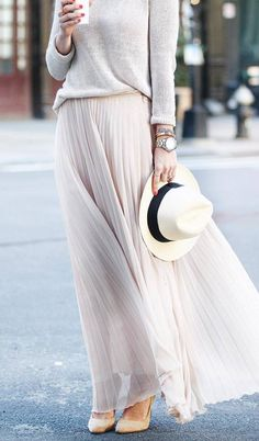 elegant outfit / sweater + hat + heels + blush maxi skirt