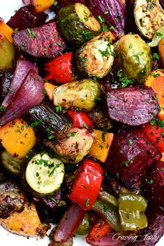 So easy to make, yet so delicious and fl… Perfectly roasted, bit size vegetables. So easy to make, yet so delicious and flavorful. Roasted Vegetable Recipes, Roasted Root Vegetables, Roasted Carrots, Veggie Recipes, Healthy Recipes, Grilled Vegetables Oven, Xmas Recipes, Jewish Recipes, Veggie Food