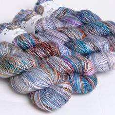 Monet, Silk/Merino Singles