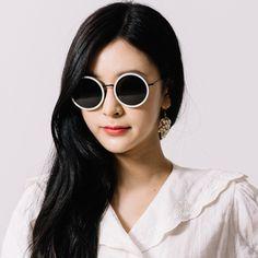 #토탈선글라스 #에이디에스알 #선글라스 / A.D.S.R #SUNGLASSES / A.D.S.R / ADSR / SUNGLASSES  - [MELISSA 06] 전화문의 : 02. 539. 8432 카톡문의 : TOTALSUN Nice View, Shades, Sunglasses, Fashion, Eye Glasses, Moda, Fashion Styles, Fasion, Eyeshadow