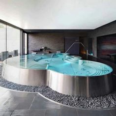 Awesome bath tub