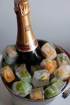 Cubo de gelo com flores! Champanhe Laurent-Perrier