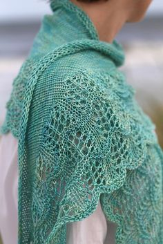 Ravelry: CatReading's Making Waves - nice pattern, in love with the yarn color