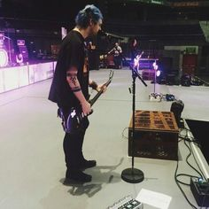 Michael soundchecking in Madrid!