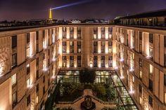 Hôtel du Collectionneur (ex Hilton Arc de Triomphe) sur HotelaParis.com http://www.hotelaparis.com/hotel-charme-paris/champs-elysees/hilton-paris-arc-triomphe.html