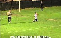 [VIDEO INCREDIBILE] Il Rigore Più Strano nella Storia del Calcio DA VEDERE! Questo è il rigore più incredibile che abbia mai visto.  Il calcio di rigore è la ripresa di gioco utilizzata nel calcio quando un calciatore commette nei confronti di un avversario, nella propria  #calcio #rigore #sport #video #goal
