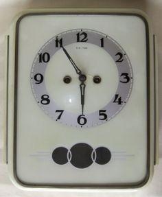 Nástěnné kuchyňské hodiny