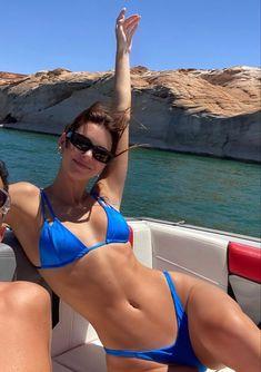Kendall Jenner Bikini, Kendall Jenner Style, Kylie Jenner, Summer Feeling, Cute Bikinis, Summer Body, Summer Aesthetic, Aesthetic Body, Aesthetic Indie