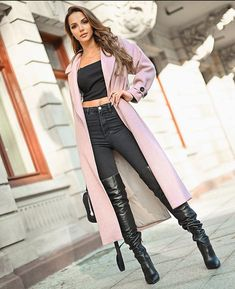 Winter Boots Outfits, Casual Winter Outfits, Thigh High Boots Heels, Knee Boots, Pantyhose Outfits, Stockings Heels, Sexy Boots, Mode Outfits, Foto E Video