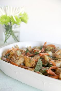 A tropical shrimp and pineapple stir-fry with lots of vegetables and a sweet and spicy sauce. Spaghetti Squash Shrimp Scampi, Stir Fry Recipes, Cooking Recipes, Shrimp Recipes, Chicken Recipes, Southern Recipes, Southern Food, Recipe D, Sweet And Spicy Sauce