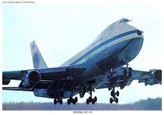 Pan Am, Boeing 747 taking off