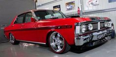 Ford XY GT Falcon Australian Muscle Cars, Aussie Muscle Cars, American Muscle Cars, Custom Classic Cars, Old Classic Cars, Custom Cars, 70s Cars, Ford Girl, Ford Mustang Boss