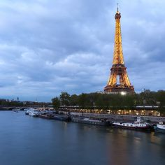 5 Amazing Places to Photograph the Eiffel Tower #photography #paris #france #travel #eiffeltower