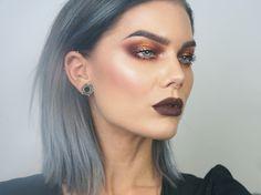 Moth - Natasha Denona Star palette Glitter from Panduro, Bare minerals Lash Domination Volumizing mascara Petite, Illamasqua lipstick Moth