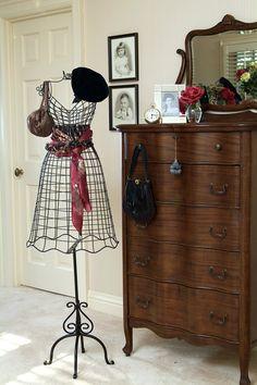 dressing table, manequin