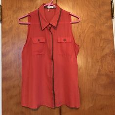 Blu Pepper Sleeveless Button Up Top Super cute sleeveless top! Can be dressed up or down! Worn once. Blu Pepper Tops Tank Tops
