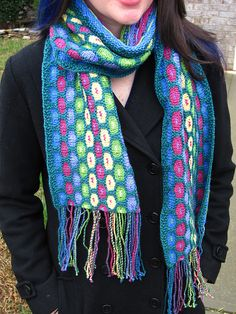 Free Pattern: Blooming Cotton Scarf by Eunny Jang