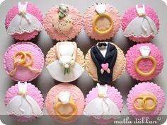 http://blog.mutludukkan.com/index.php/2011/05/bekarliga-veda-cupcakeleri/