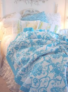 KING QUILT BAHAMAS BLUE BEACH COTTAGE BAHAMA ISLAND WHITE QUILT