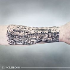 002-lisaorth-tattoo-thomas-ship-lighthouse
