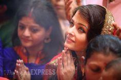 Aishwarya, Abhishek, Amitabh Bachchan pray at Lalbaugcha Raja.