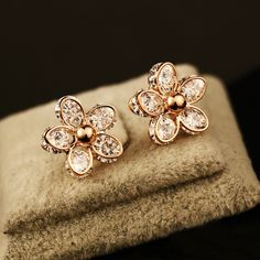 Zirconia Flower Small Stud Earrings For Women CNANIYA Jewelry Gold Color Earings For Girls/Boucles D'oreille/Pendientes Pequenos