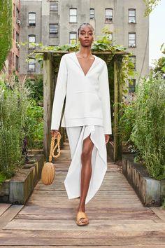 Michael Kors Style, Michael Kors Fashion, Fashion Week, New York Fashion, Runway Fashion, Fashion Show, Fashion Looks, Fashion Design, White Pantsuit
