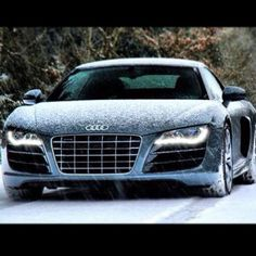 Audi R8's look even better in the snow!