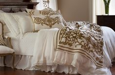 2015 Theresa White Lace with Straw Velvet bedding collection