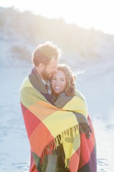 Photography: Kelsey Combe Photography - kelseycombe.com  Read More: http://www.stylemepretty.com/2014/11/19/casual-hampton-bays-beach-engagement/