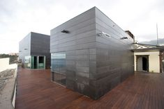 Exterior Cladding, Interior Exterior, Particle Board, Home Builders, Landscape Design, Small Spaces, Layout, Fiber, Outdoor Decor