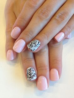 Bio Sculpture Gel colour: - Baby Doll with Cheetah print made with Bundle Monster stamping plate. Added & glitter to fill in cheetah print. Bio Gel Nails, Toe Nails, Pink Nails, Gel Nail Colors, Gel Color, Bio Sculpture Gel Nails, Nails 2015, Gel Nail Extensions, Nail Photos
