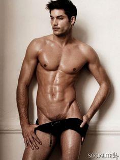 shirtless-male-model-greg-kheel-photos-04112010-06-435x580.jpg (435×580)