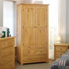 Oakley Pine Gents Double Wardrobe (L294) with Free Delivery | The Cotswold Company - KOGR