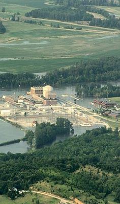 Missouri River Floods Nuclear Plant