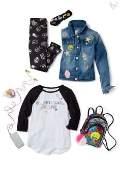 Current mood: all heart eyes! Emojis rule her back-to-school style.