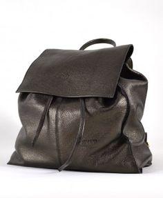 Mochila em couro legítimo  #backbag