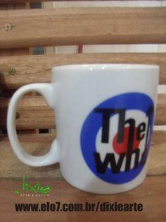 Caneca em porcelana branca com estampa da banda The Who R$ 35,00