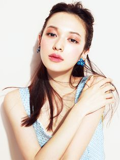 森絵梨佳 夏 Makeup Inspo, Makeup Art, Makeup Inspiration, Beauty Makeup, Face Makeup, My Beauty, Asian Beauty, Hair Beauty, Colorful Makeup