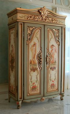 repainted. This is beautiful!! Would totally look nice in our new century home!!!