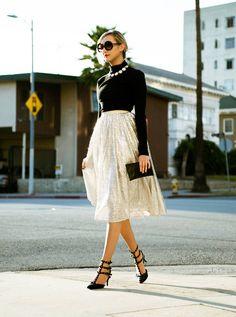 Alice   Olivia Silver Sequin Tulle Midi Skirt - Beautiful Clothes Photo
